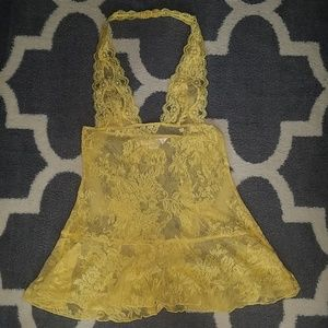 Victoria's Secret XS yellow nighty